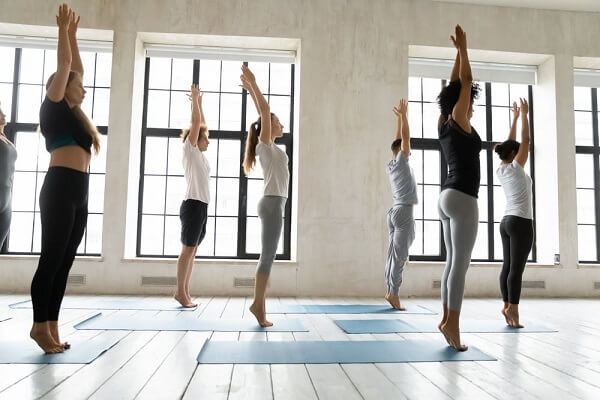 Tư thế tập yoga đơn giản cho người mới